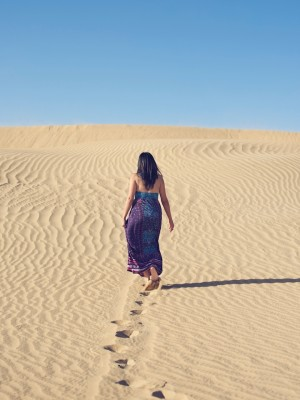 Portraiture on location - desert dunes